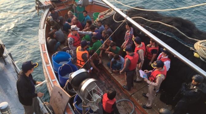 ศปมผ. ร่วม พม.บูรณาการจัดฝึกภาคปฏิบัติในทะเลหลักสูตรป้องกันและปราบปรามการค้ามนุษย์