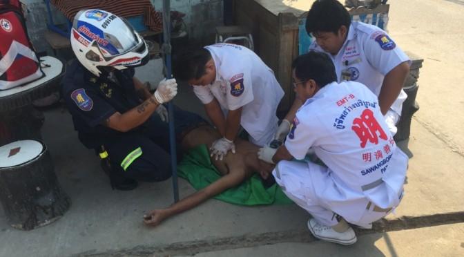 เด็กชายวัย 9 ขวบผงะ! พบร่างน้าชายผูกคอห้อยกับราวตากผ้า ตกใจรีบวิ่งบอกญาติเข้าช่วยเหลือ