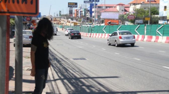 เมืองพัทยาเข้ม งดเล่นน้ำวันไหลริมสุขุมวิทตลอดแนวก่อสร้างอุโมงค์พัทยากลาง 2 ฝั่งถนน