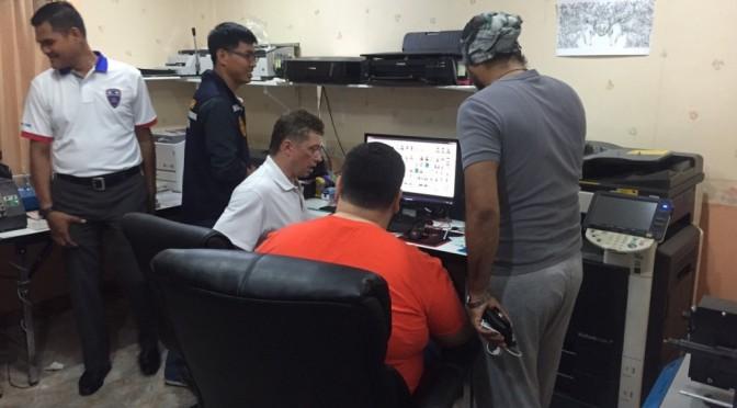 ตม.ชลบุรี พร้อม ทหาร บุกจับ แก๊งรัสเซียเปิดโรงพิมพ์บังหน้า ฉากหลังรับทำใบขับขี่ปลอม
