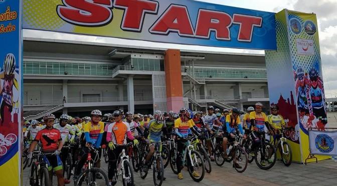 """น่องเหล็กตบเท้าเข้าร่วมกิจกรรม """"พัทยาพาปั่นชมเมืองท่องเที่ยว"""" ครั้งที่ 2 (Pattaya City Ride)"""