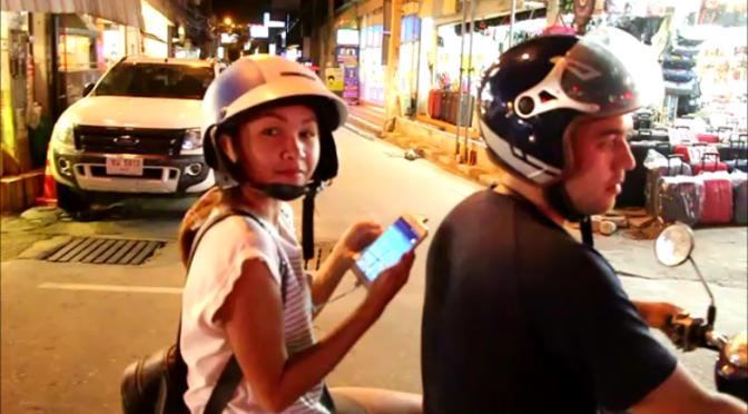ชาวไทย-ต่างชาติ ตระเวนขับจยย.-จ้างรถสองแถว ไล่จับโปเกมอนทั่วเมืองพัทยา